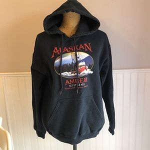 Alaskan amber sweatshirt size medium